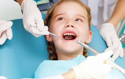 kiến thức chăm sóc sức khỏe răng miệng cho trẻ