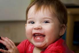 Bí quyết giúp răng trẻ mọc thẳng đều như ý