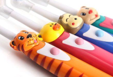 mẹo giúp trẻ thích đánh răng mỗi ngày