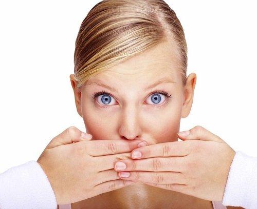 Bọc răng sứ gây hôi miệng phải xử lý như thế nào? 1