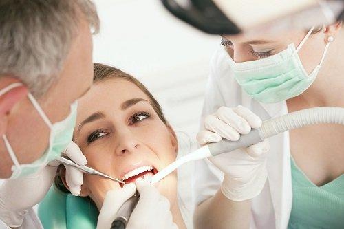 Tìm hiểu về kỹ thuật trồng răng sứ hiện nay 3