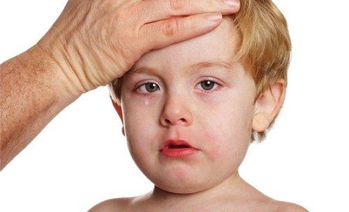Trẻ bị viêm lợi phải làm sao? Cách xử lý cho trẻ tại nhà 2
